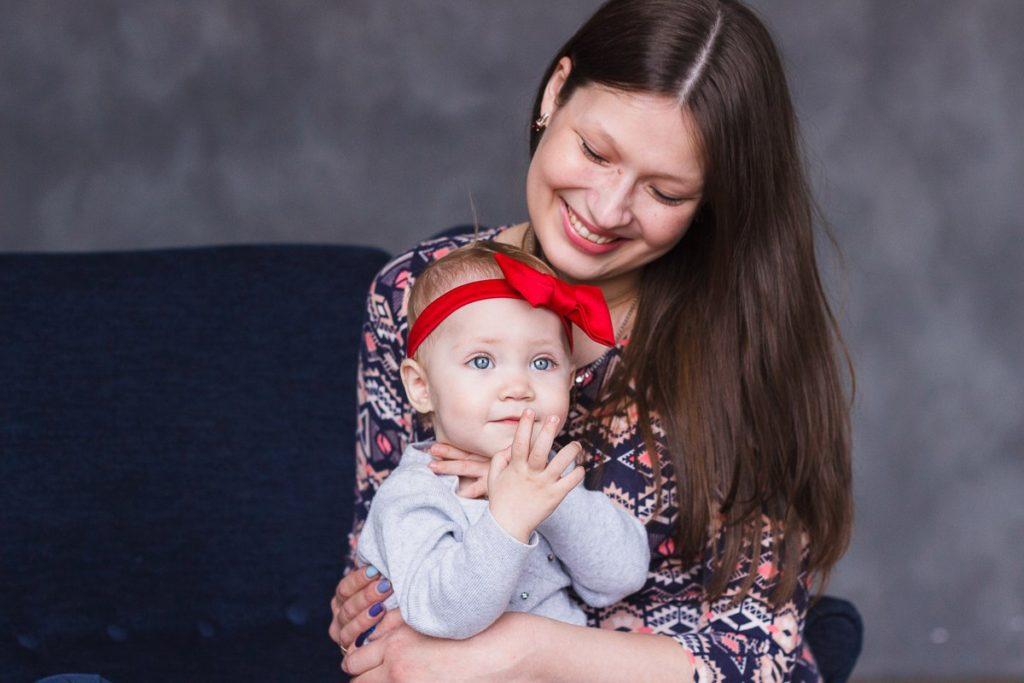 Фотосессия беременных с детьми